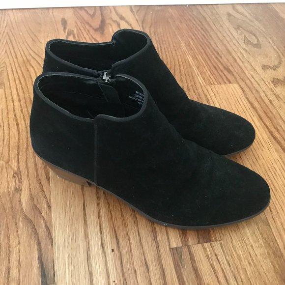 Ladies Crown Vintage Tabitha Ankle Boots, Size 8M